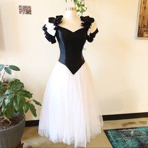 🎃 80s Prom Dress